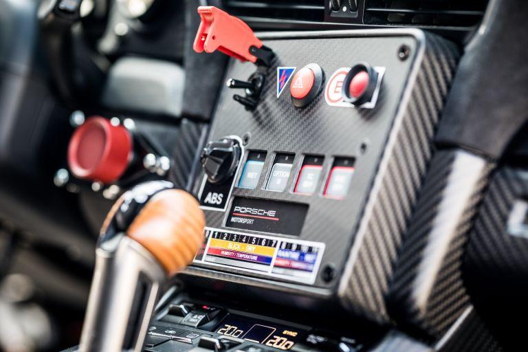 2019 Porsche 935 554425