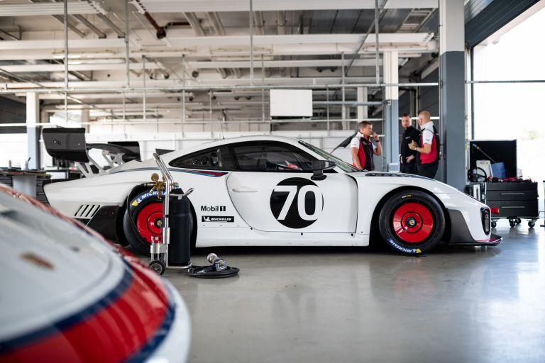 2019 Porsche 935 554642