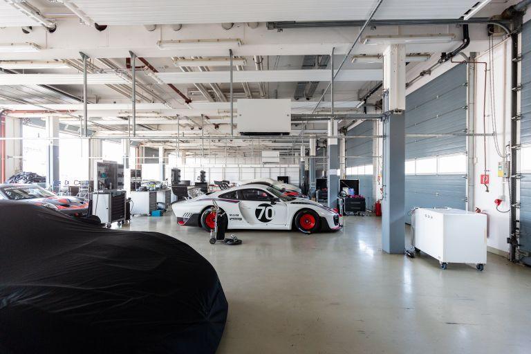2019 Porsche 935 554643