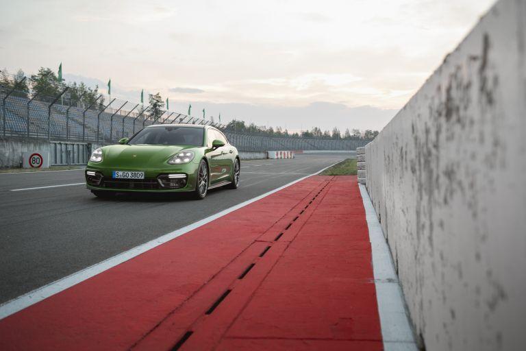 2018 Porsche Panamera GTS Sport Turismo 514809