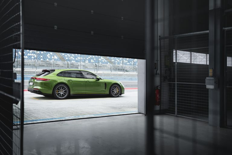 2018 Porsche Panamera GTS Sport Turismo 514816