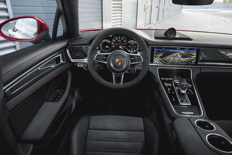 2018 Porsche Panamera GTS Sport Turismo 514823