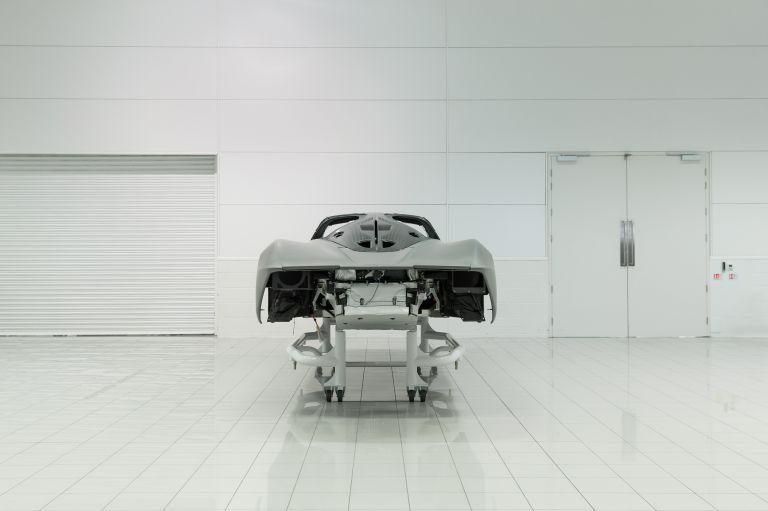 2020 McLaren Speedtail 573496