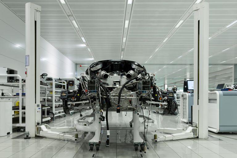 2020 McLaren Speedtail 573498