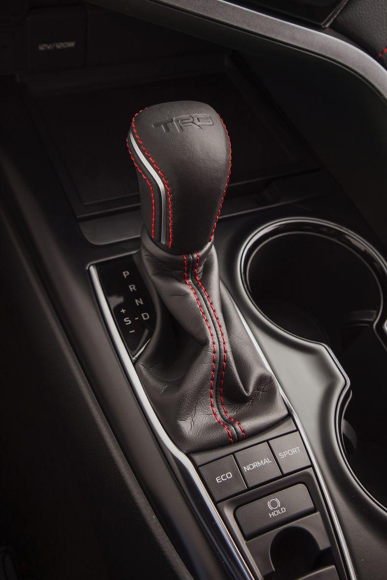 2020 Toyota Camry TRD 520067