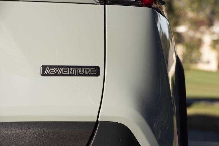 2019 Toyota RAV4 Adventure - Lunar rock 520560