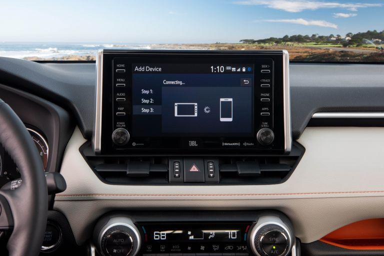 2019 Toyota RAV4 Adventure - Lunar rock 520585