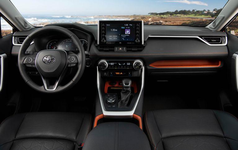 2019 Toyota RAV4 Adventure - Ruby flare pearl 520651