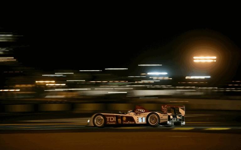 2008 Audi R10 TDI Le Mans Winner 495626
