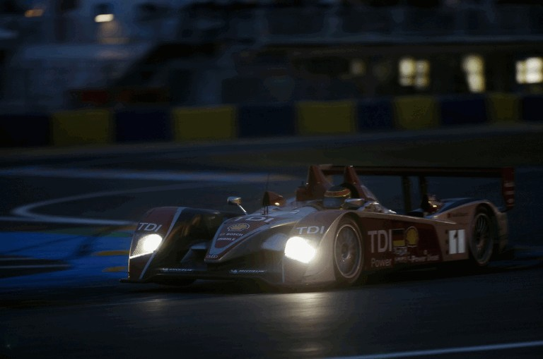 2008 Audi R10 TDI Le Mans Winner 495631