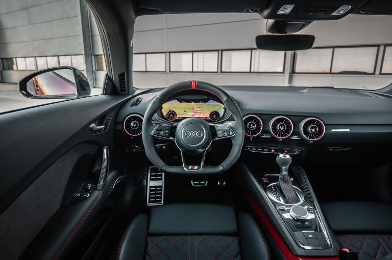 2019 Audi TTS coupé - Isle of Man 522445