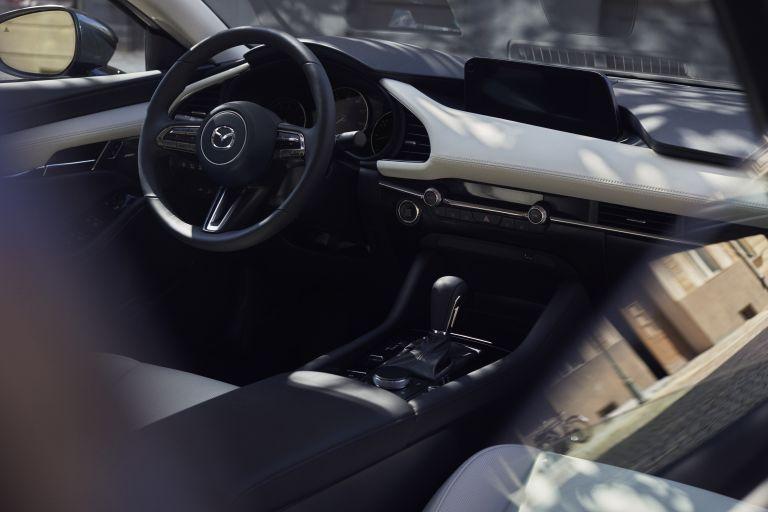 2019 Mazda 3 sedan 523000