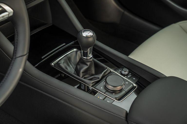 2019 Mazda 3 sedan 564942