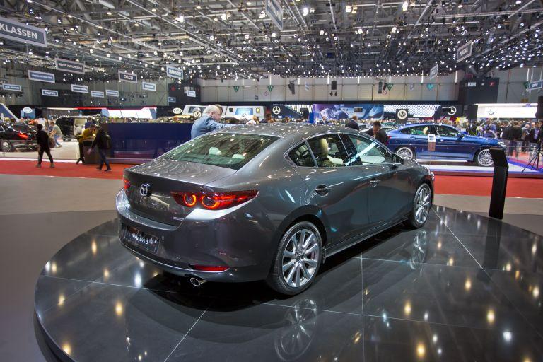 2019 Mazda 3 sedan 564951