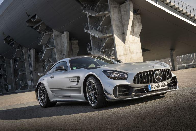 2018 Mercedes-AMG GT R 541522