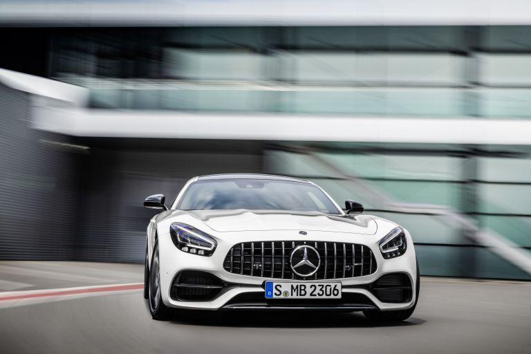 2018 Mercedes-AMG GT 523496