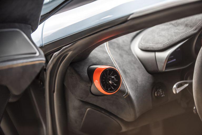 2018 McLaren 675LT - Gulf racing theme by MSO 529890