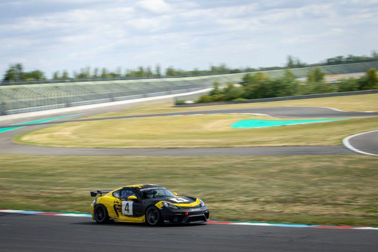 2019 Porsche 718 Cayman GT4 Clubsport 554535