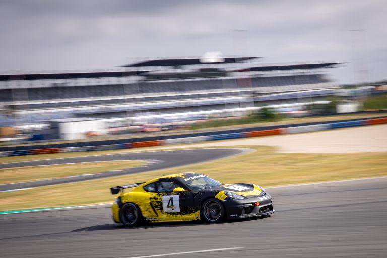 2019 Porsche 718 Cayman GT4 Clubsport 554552