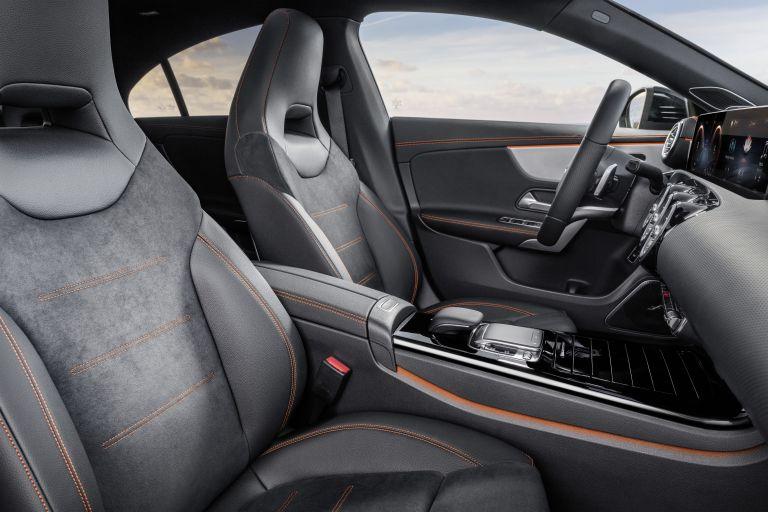 2019 Mercedes-Benz CLA coupé 532082