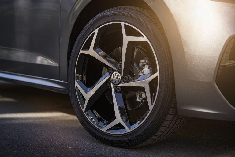 2020 Volkswagen Passat - USA version 532486