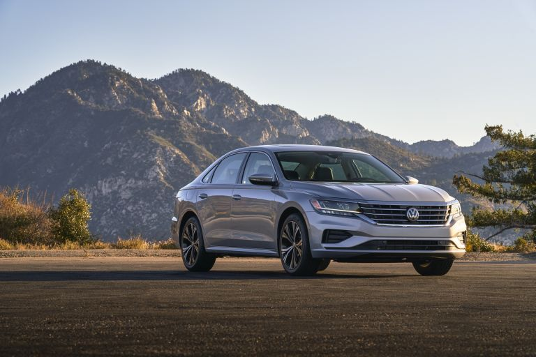 2020 Volkswagen Passat - USA version 569746