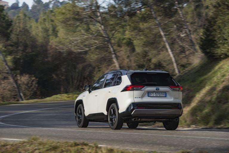 2019 Toyota RAV4 Hybrid - EU version 532940