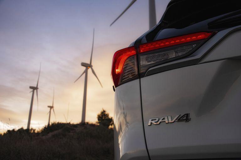2019 Toyota RAV4 Hybrid - EU version 532985