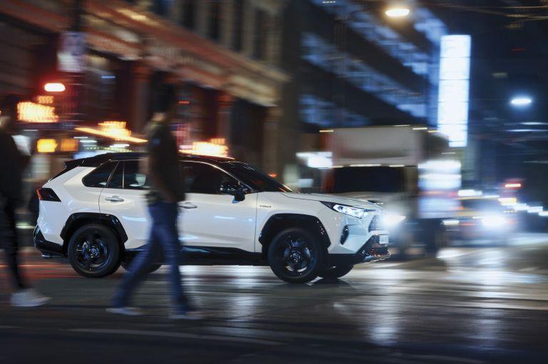 2019 Toyota RAV4 Hybrid - EU version 533016