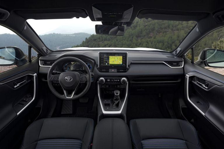 2019 Toyota RAV4 Hybrid - EU version 533045