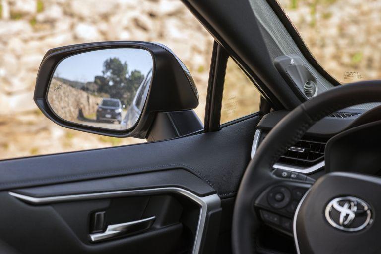 2019 Toyota RAV4 Hybrid - EU version 533051
