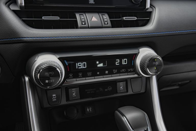 2019 Toyota RAV4 Hybrid - EU version 533065