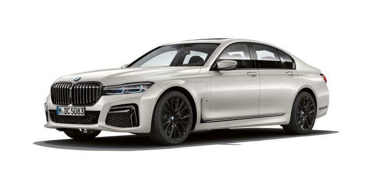 2019 BMW 745e 535617