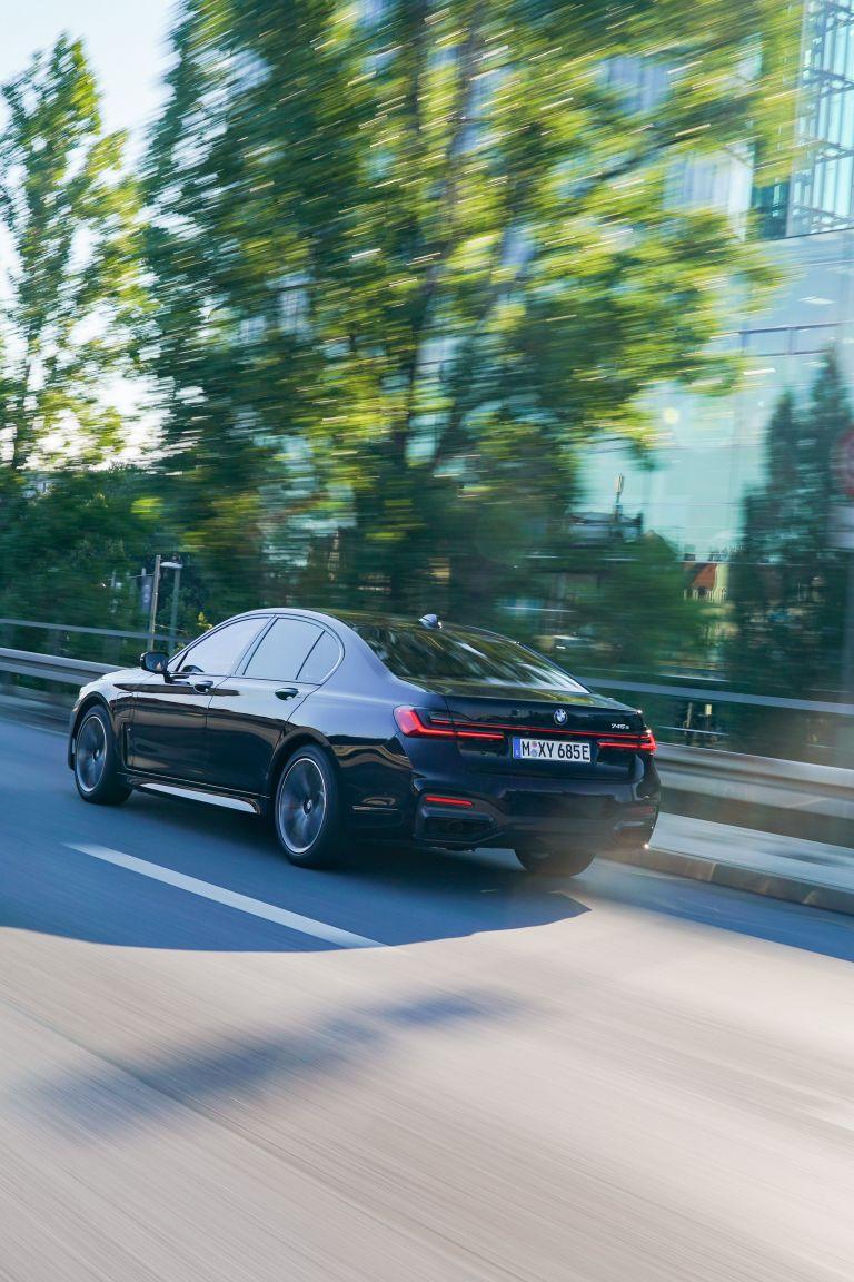 2019 BMW 745e 595284
