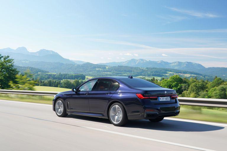 2019 BMW 745e 595288