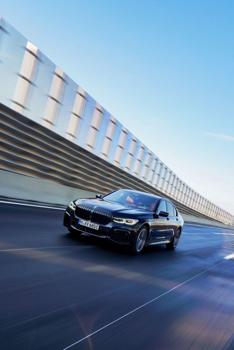 2019 BMW 745e 595289