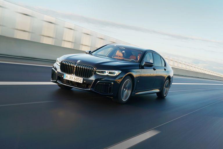 2019 BMW 745e 595290