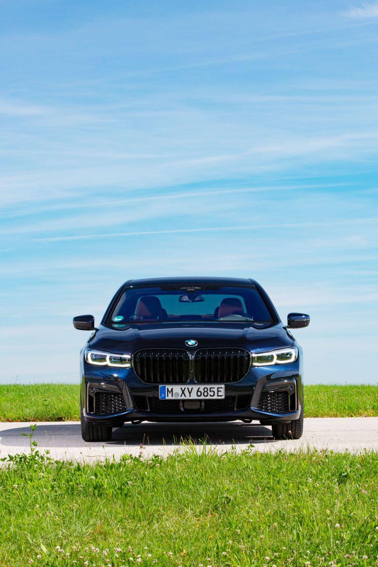 2019 BMW 745e 595294