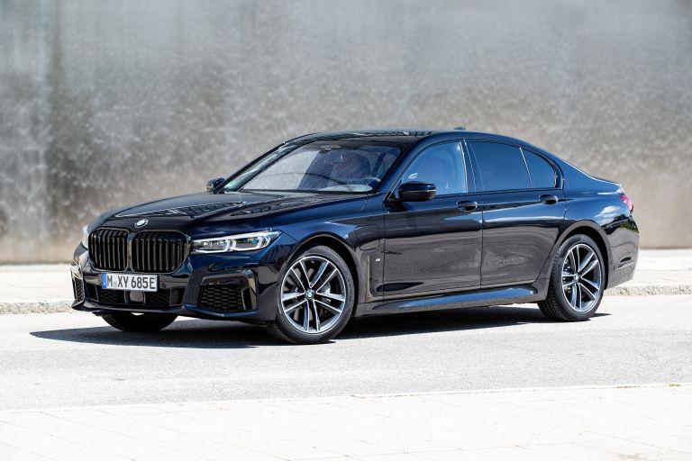 2019 BMW 745e 595295