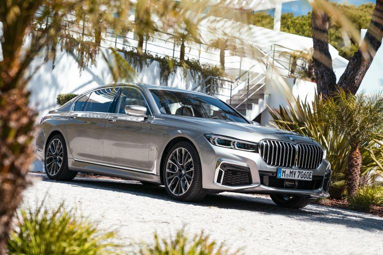2019 BMW 745Le 541254