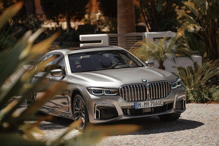 2019 BMW 745Le 541258