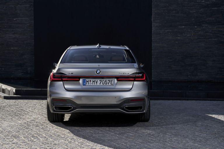 2019 BMW 745Le 541274