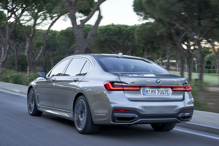 2019 BMW 745Le 541304