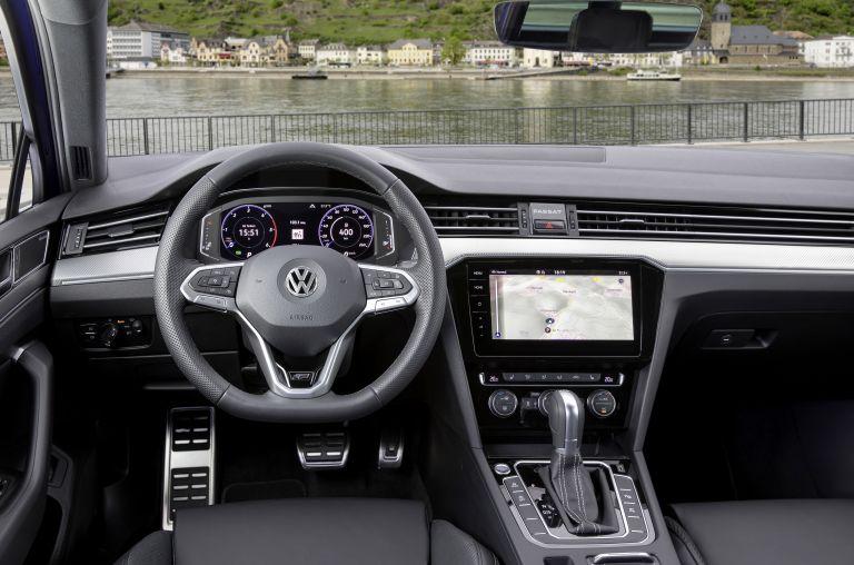 2020 Volkswagen Passat variant R-Line 549260