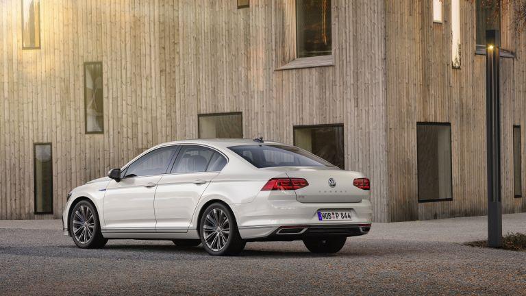 2020 Volkswagen Passat GTE 536033