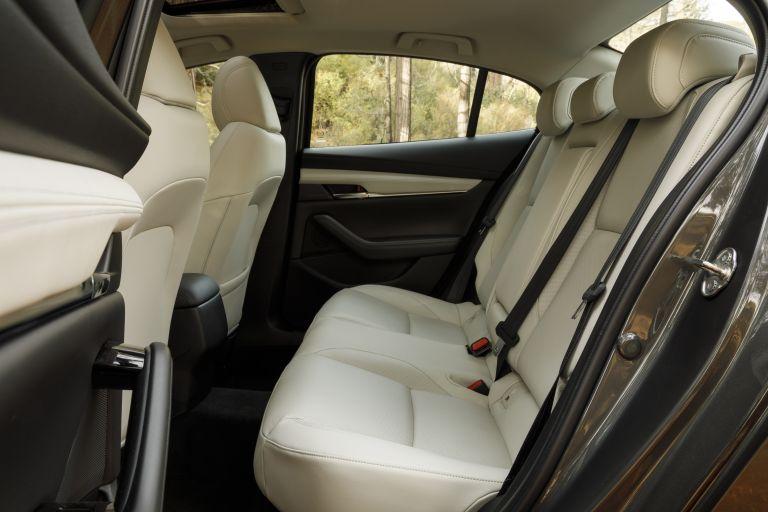2019 Mazda 3 sedan - USA version 536371