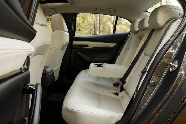 2019 Mazda 3 sedan - USA version 536372