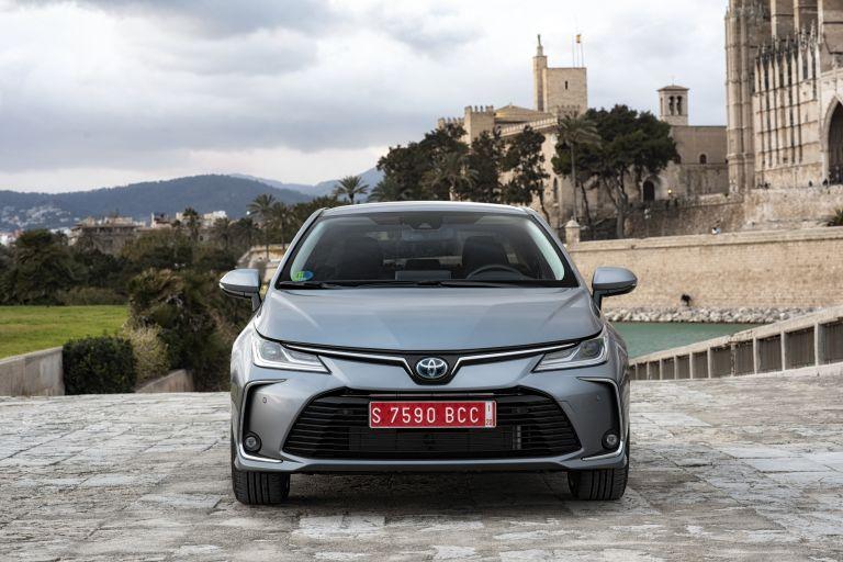 2019 Toyota Corolla sedan 1.8 573889