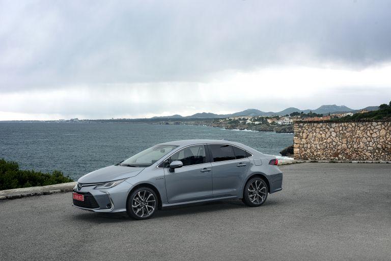 2019 Toyota Corolla sedan 1.8 573891
