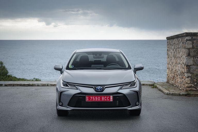 2019 Toyota Corolla sedan 1.8 573895